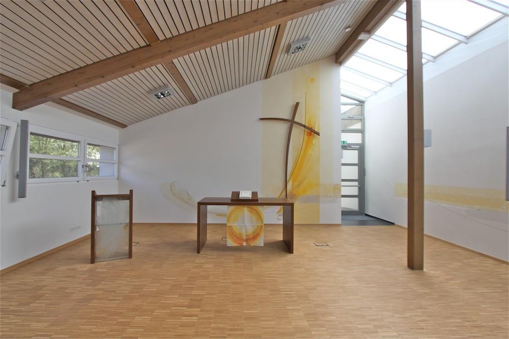 http://blog.atelier-muench.de/wp-content/uploads/2013/04/Ev_Kirche_Überherrn_Münch_2012.jpg